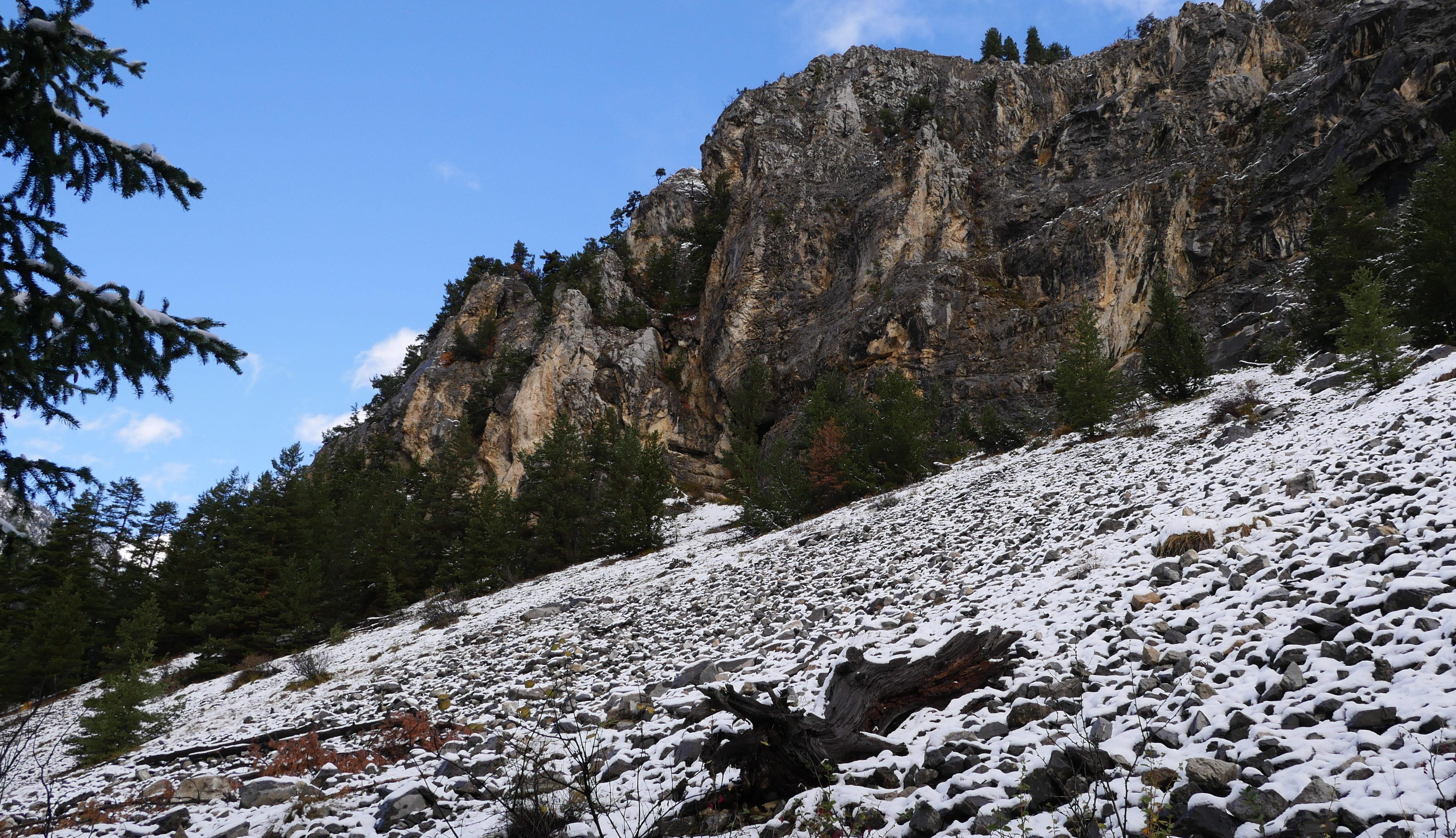 Les Alpes vers Montgenève. Photo : Raphaël Botiveau